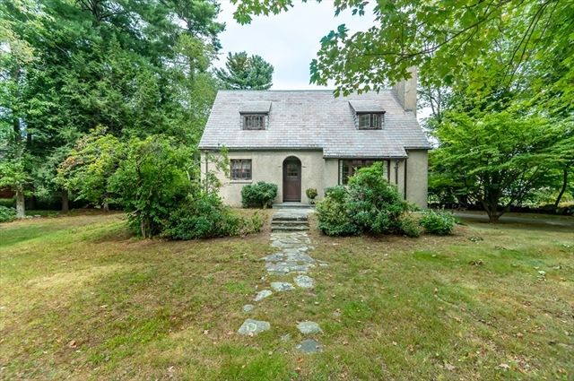 18 ORCHARD Street Andover MA 01810
