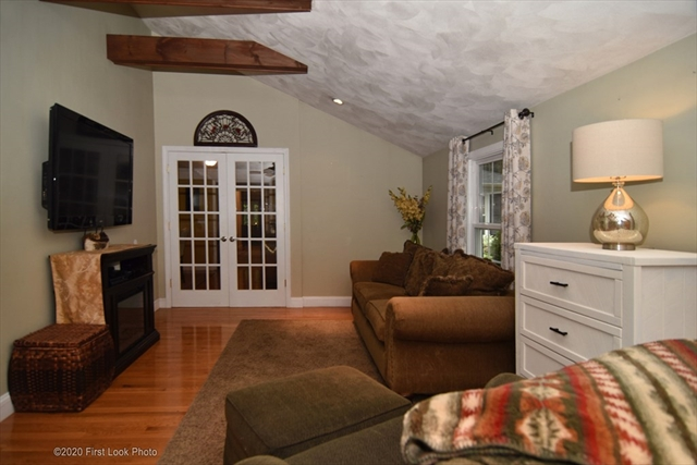 49 Sunset Drive Seekonk MA 02771