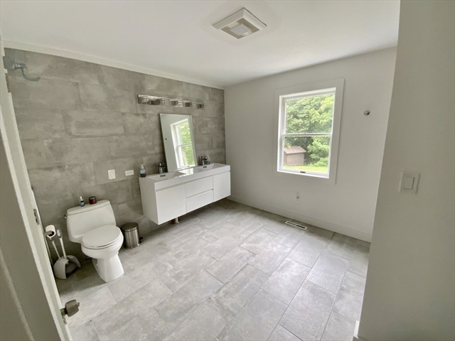 125 Haydenville Road Whately MA 01093