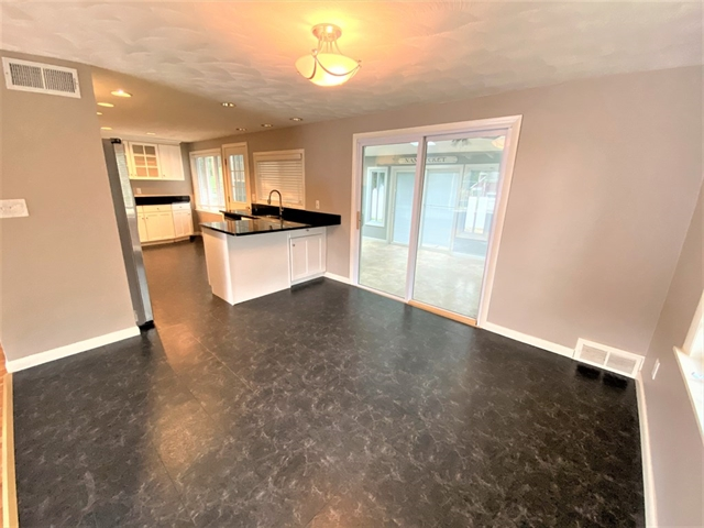 14 Doncaster Circle Lynnfield MA 01940
