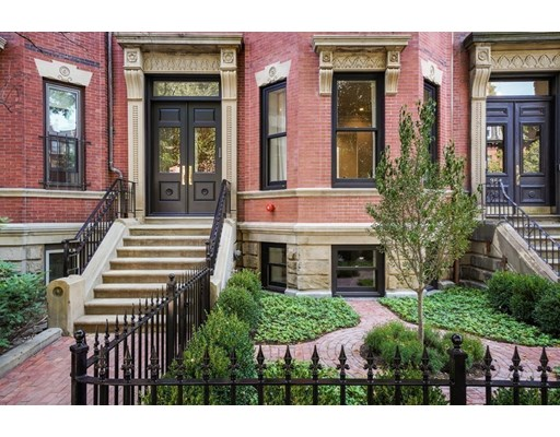 4 bed, 4 bath home in Boston for $9,750,000