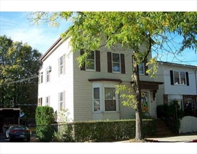 86 Blossom St, Chelsea, MA 02150