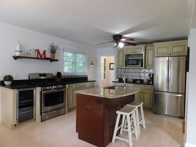 86 Standish Way Yarmouth MA 02673