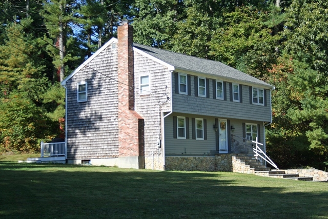 31 Old Powder House Road Lakeville MA 02347