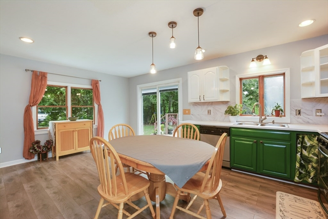 579 Teaticket Highway Falmouth MA 02536