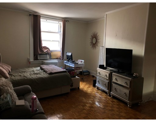 Pictures of  property for rent on Beacon St., Boston, MA 02118