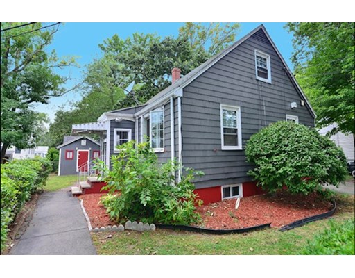 3 Beds, 2 Baths home in Boston for $439,900