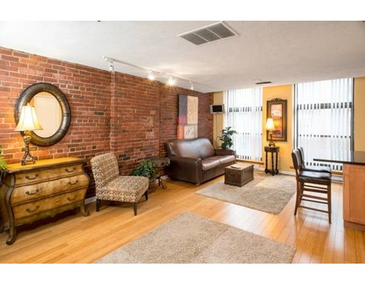 1 Bed, 1 Bath home in Boston for $479,000