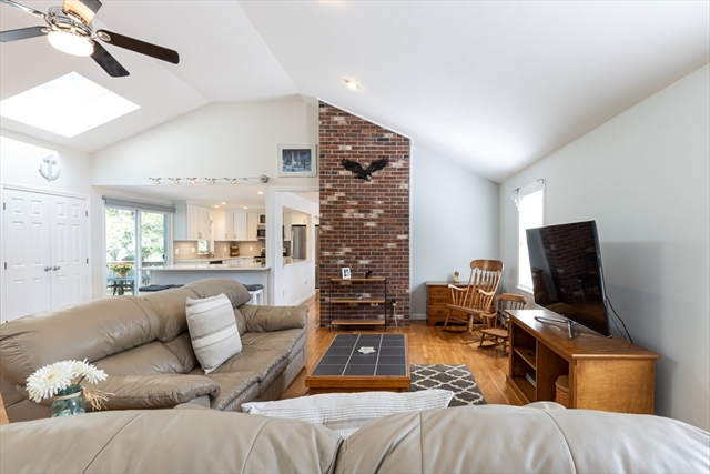 347 Club Valley Drive Falmouth MA 02536