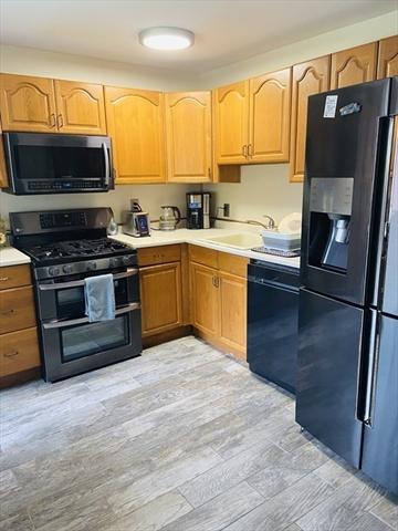 4 Fernview Avenue North Andover MA 01845