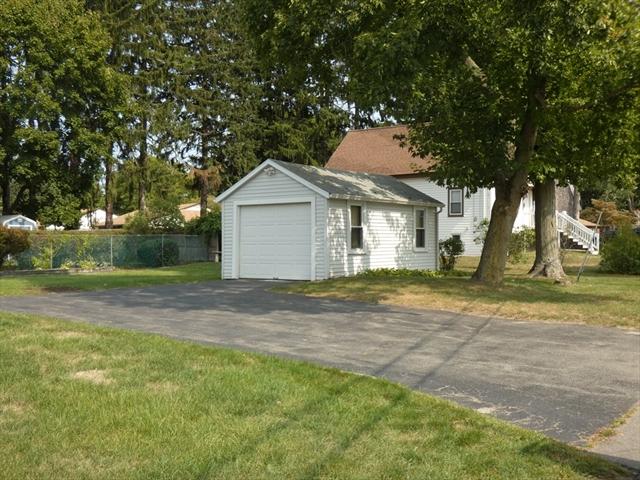 21 Trailwood Drive Bridgewater MA 02324