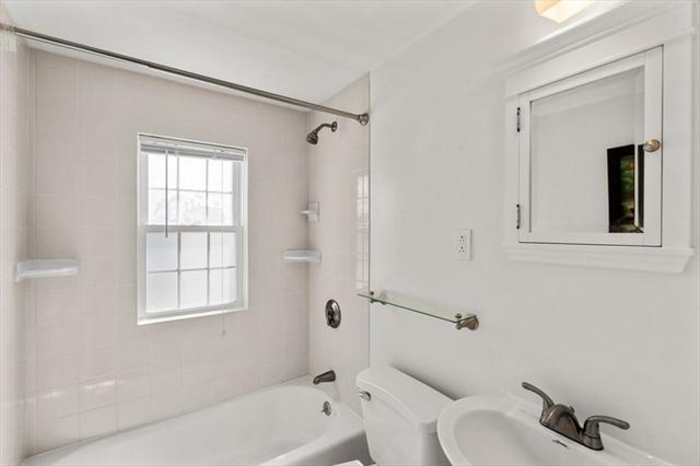 122 Colonial Avenue Waltham MA 02453