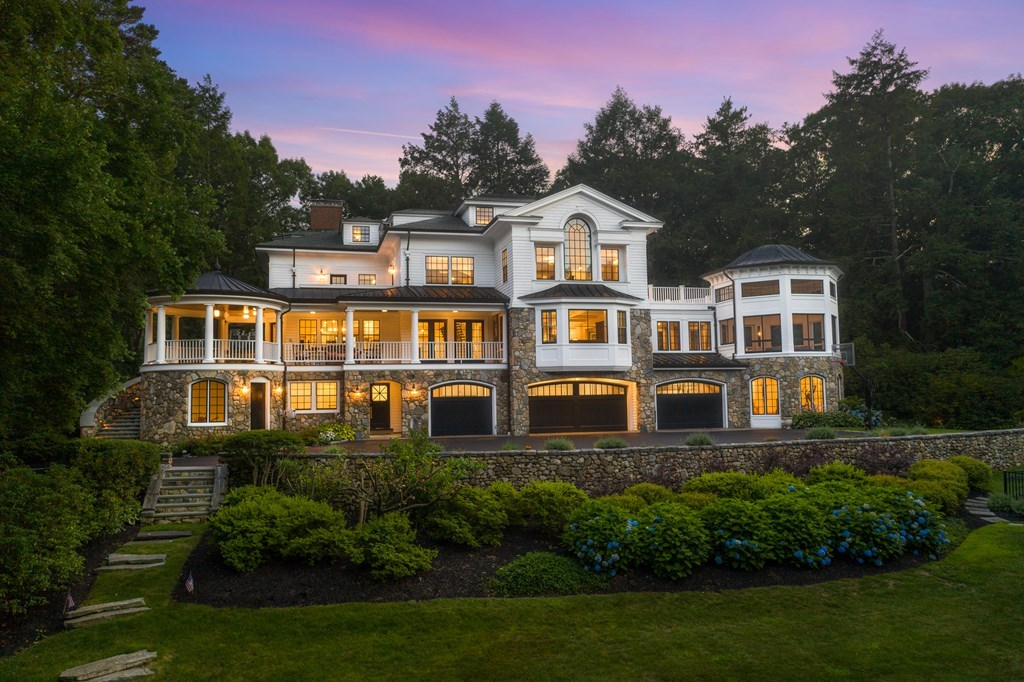 Photo of 45 Hilltop Rd Weston MA 02493