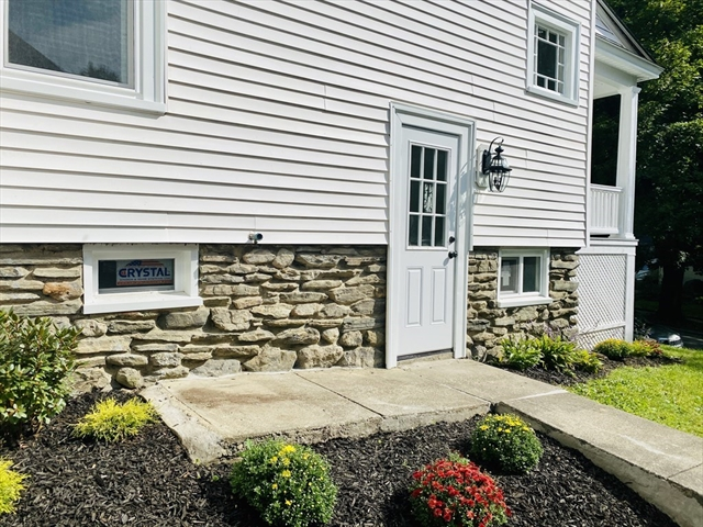 77 Beaconsfield Road Worcester MA 01602