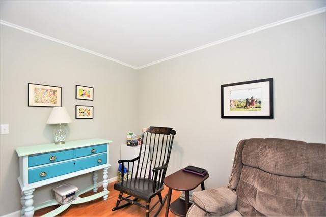 11 Briggs Terrace Marion MA 02738