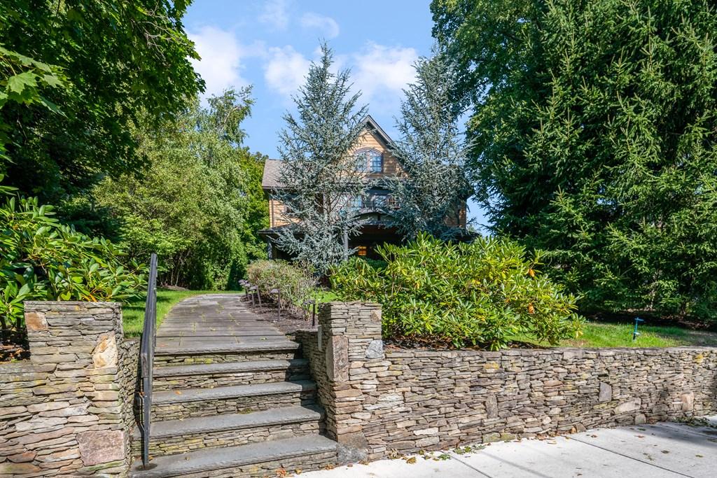Photo of 1589 Beacon Street Newton MA 02468