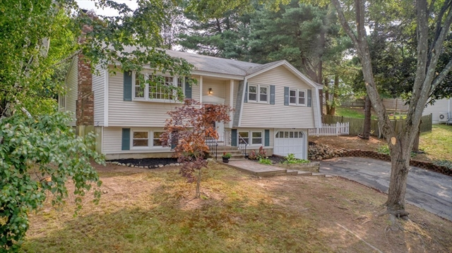 7 Olde Berry Road Andover MA 01810
