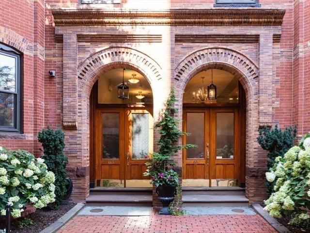 61 Saint Botolph Street Boston MA 02116