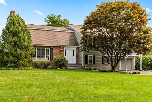 4 Wymon Way Lynnfield MA 01940