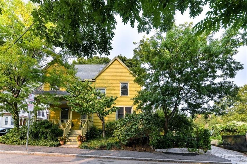 46 Chestnut Ave, Boston, MA Image 39