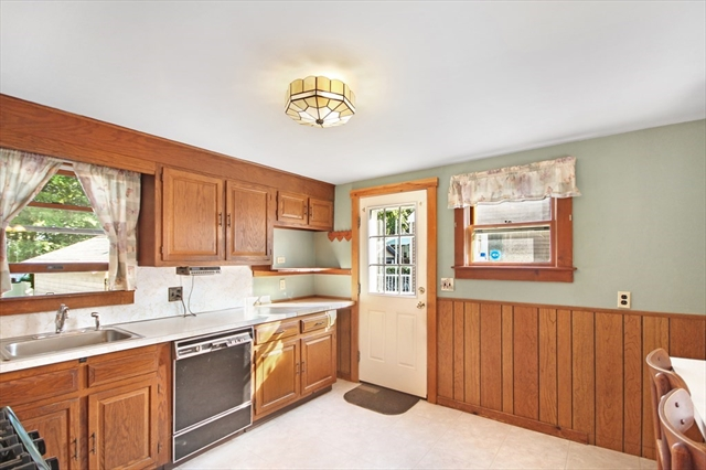 26 Brandley Road Watertown MA 02472