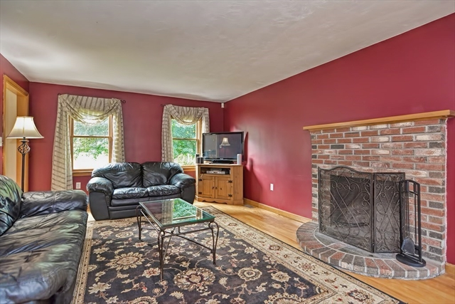 6 Linbrook Lane Franklin MA 02038