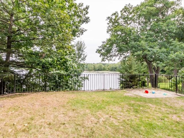 34 Everett Avenue Winchester MA 01890