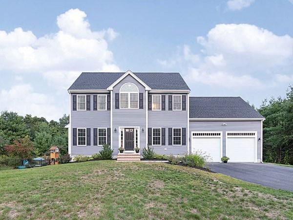 35 Gateway Lane Middleboro MA 02346