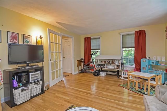 6 Earles Row Wilmington MA 01887