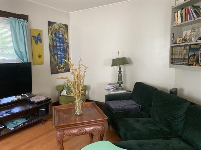 2 Earl Avenue Greenfield MA 01301