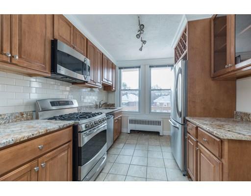 1722 Commonwealth Ave Unit 7, Boston - Brighton, MA 02135