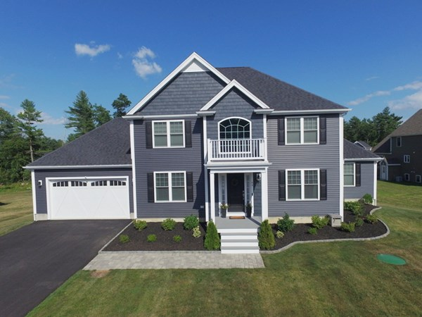 44 Waterford Circle Dighton MA 02715
