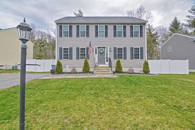 985 Dighton Woods Circle Dighton MA 02715