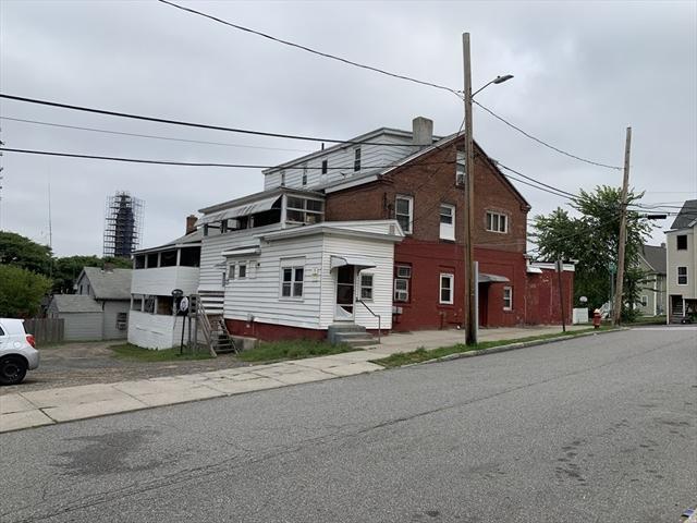 82 Springfield Street Chicopee MA 01013