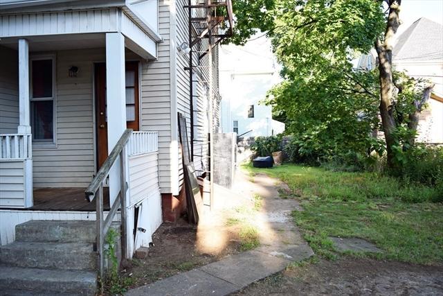 28-30 Beacon Avenue Holyoke MA 01040