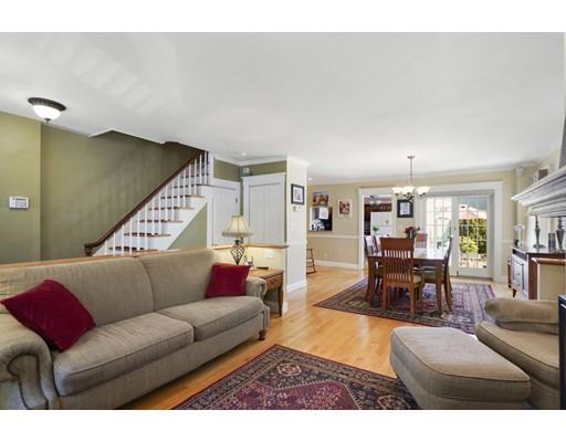 71 Pearl St, Boston - Charlestown, MA 02129