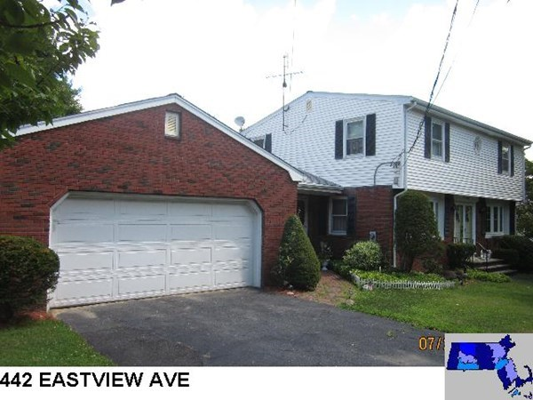 442 Eastview Avenue Somerset MA 02726