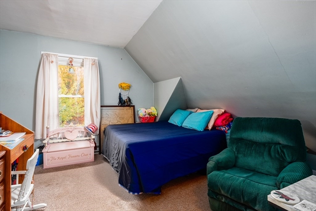 2 Chapel Place Pepperell MA 01463