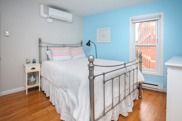 9 Winthrop Street Boston MA 02129