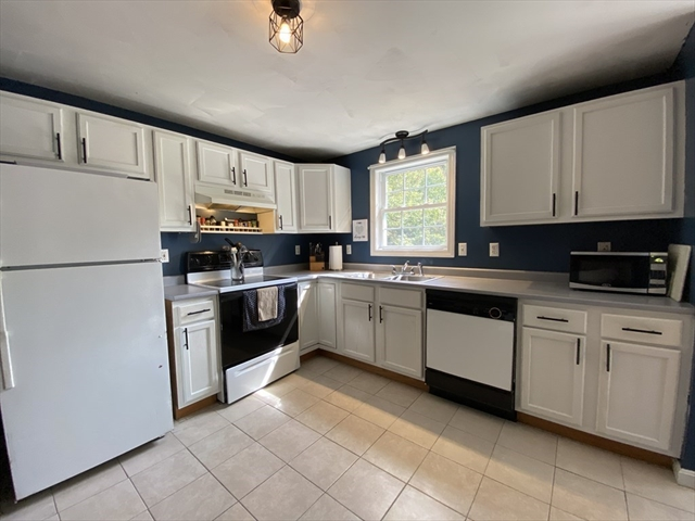 3 Dogwood Road S Hubbardston MA 01452