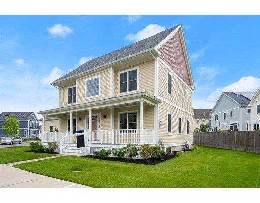 4 Beds, 3 Baths home in Boston for $979,000