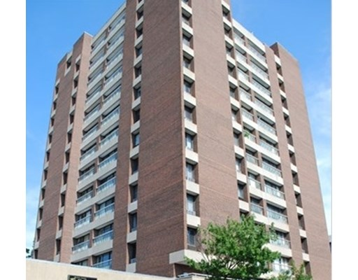 2 Beds, 1.5 Baths apartment in Cambridge, Riverside for $2,900