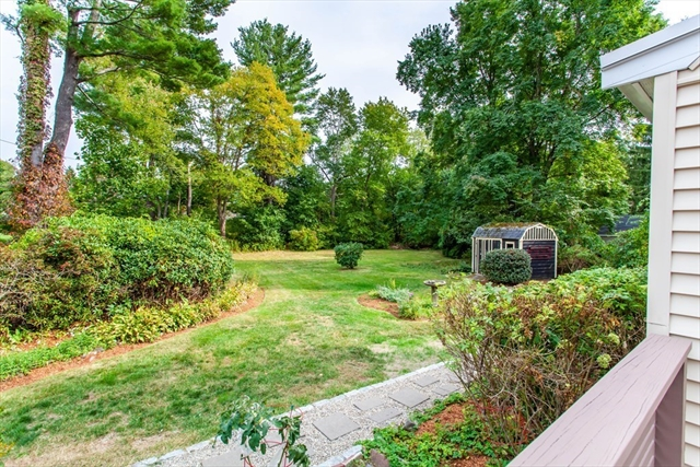 33 Brooksbie Road Bedford MA 01730