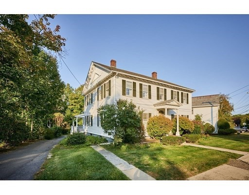17 Main Street, Williamsburg, MA 01096