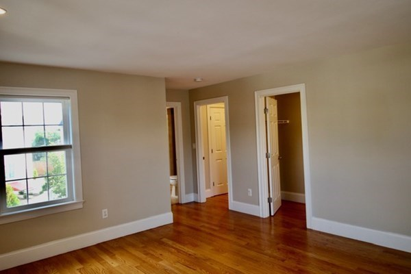 113 North Street Newton MA 02460