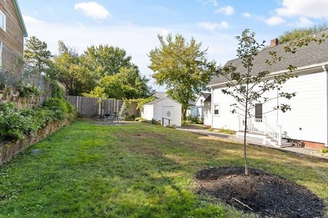 9 Peach Street Lynn MA 01902