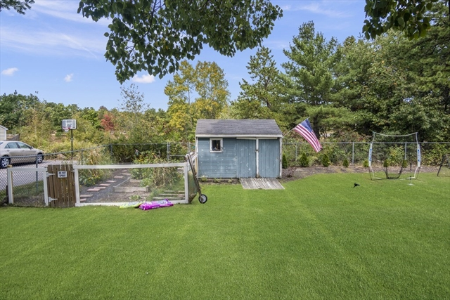 17 Oakridge Avenue North Attleboro MA 02760