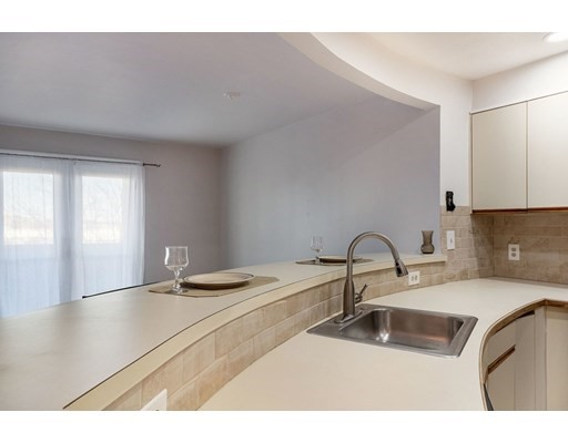 165 Cottage St #607, Chelsea, MA 02150