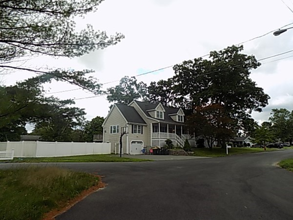 250 Shirley Drive Bellingham MA 02019