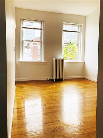17 S Russell (No Fee) Street Boston MA 02114